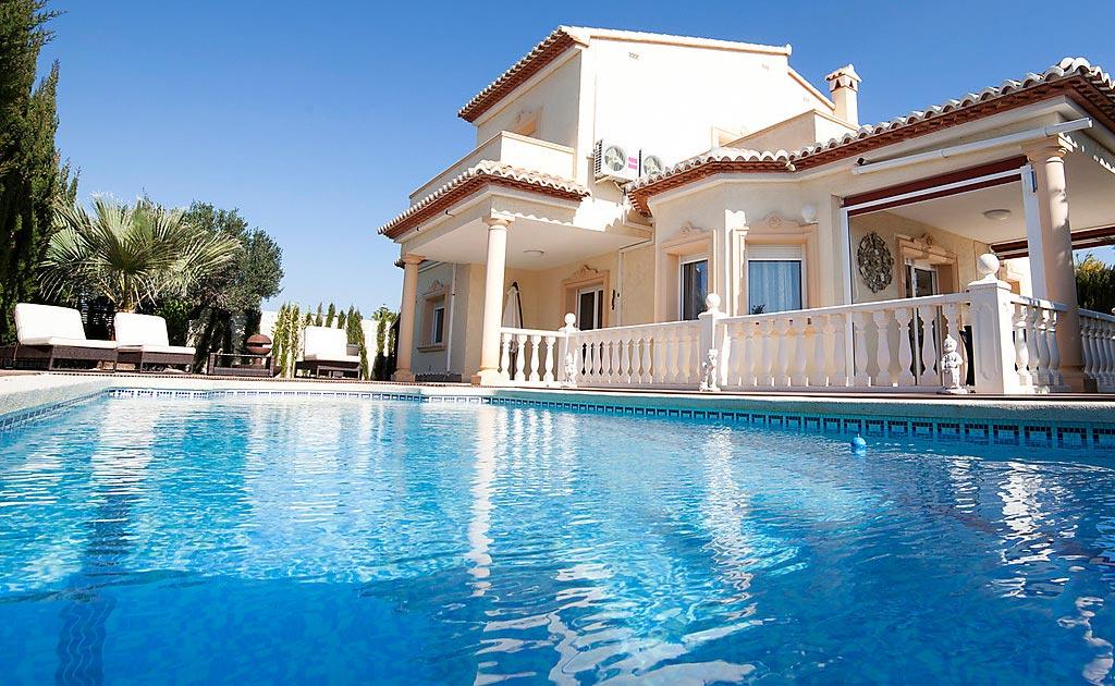 Pourquoi louer une maison de luxe pour ses vacances ?
